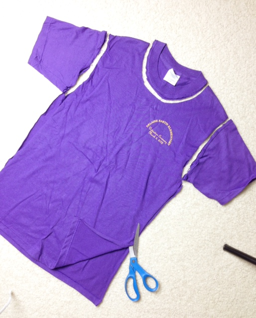 how to cut shirts into workout tank tops